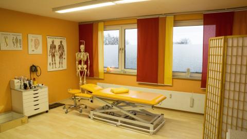 Behandlungsraum der Praxis für Osteopathie und Naturheilkunde von Martina Scheunemann in Herne